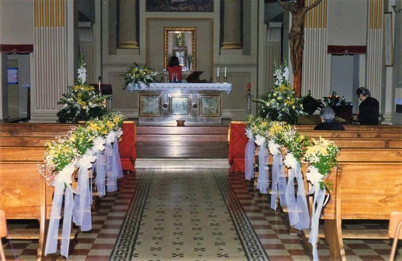 Addobbi Matrimonio Girasoli : Prezzi addobbi floreali e allestimenti per matrimonio con rose e
