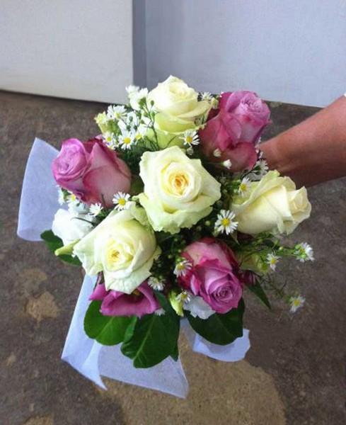 Bouquet Da Sposa Prezzi.Prezzi Addobbi Floreali E Allestimenti Per Matrimonio Con Rose E